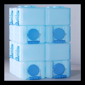 28 Gallons of Water Storage (8 WaterBricks)